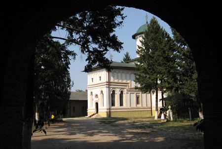 manastirea-plumbuita-25
